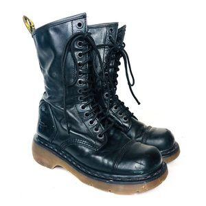 DR. MARTENS Black Square Toe Leather Combat Boot 7
